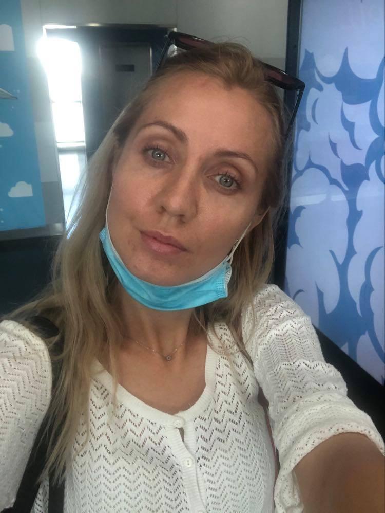 """""""В самолете - ни одного свободного места"""": украинка рассказала о """"карантинном"""" перелете в Турцию"""