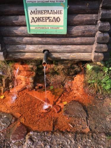 Озеро Синевир, водоспад і курорт Пилипець: найкращий маршрут для насичених вихідних у Карпатах