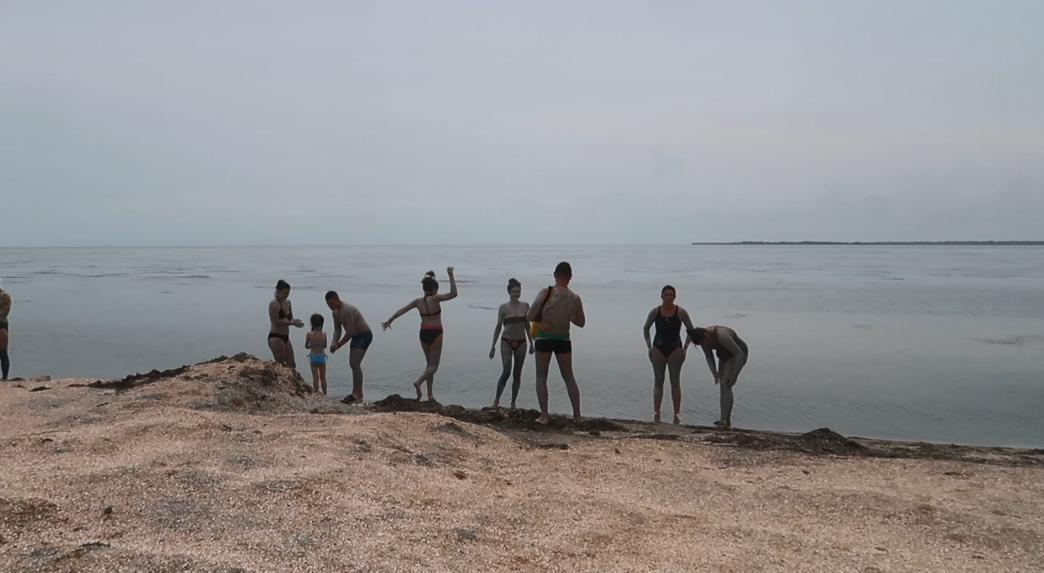 Термальные источники, спа и минеральные озера: чем привлекает Арабатская Стрелка, кроме моря