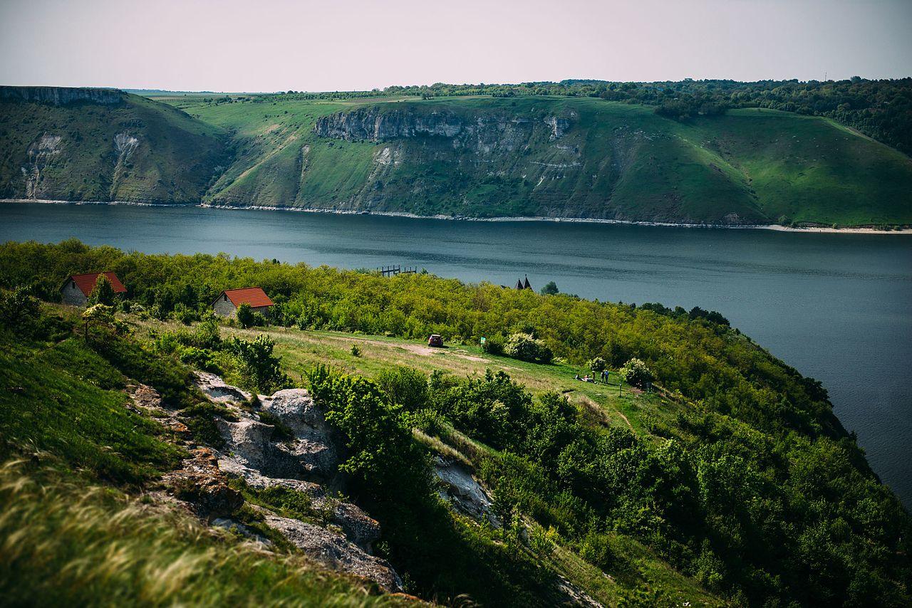 "Приключение на уикенд: ""море"" на Днестре и затопленное село, которого нет на карте"