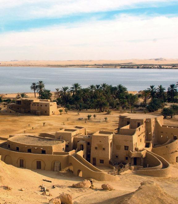 Зеркальные стены и древний форт: самые необычные отели для незабываемого отдыха