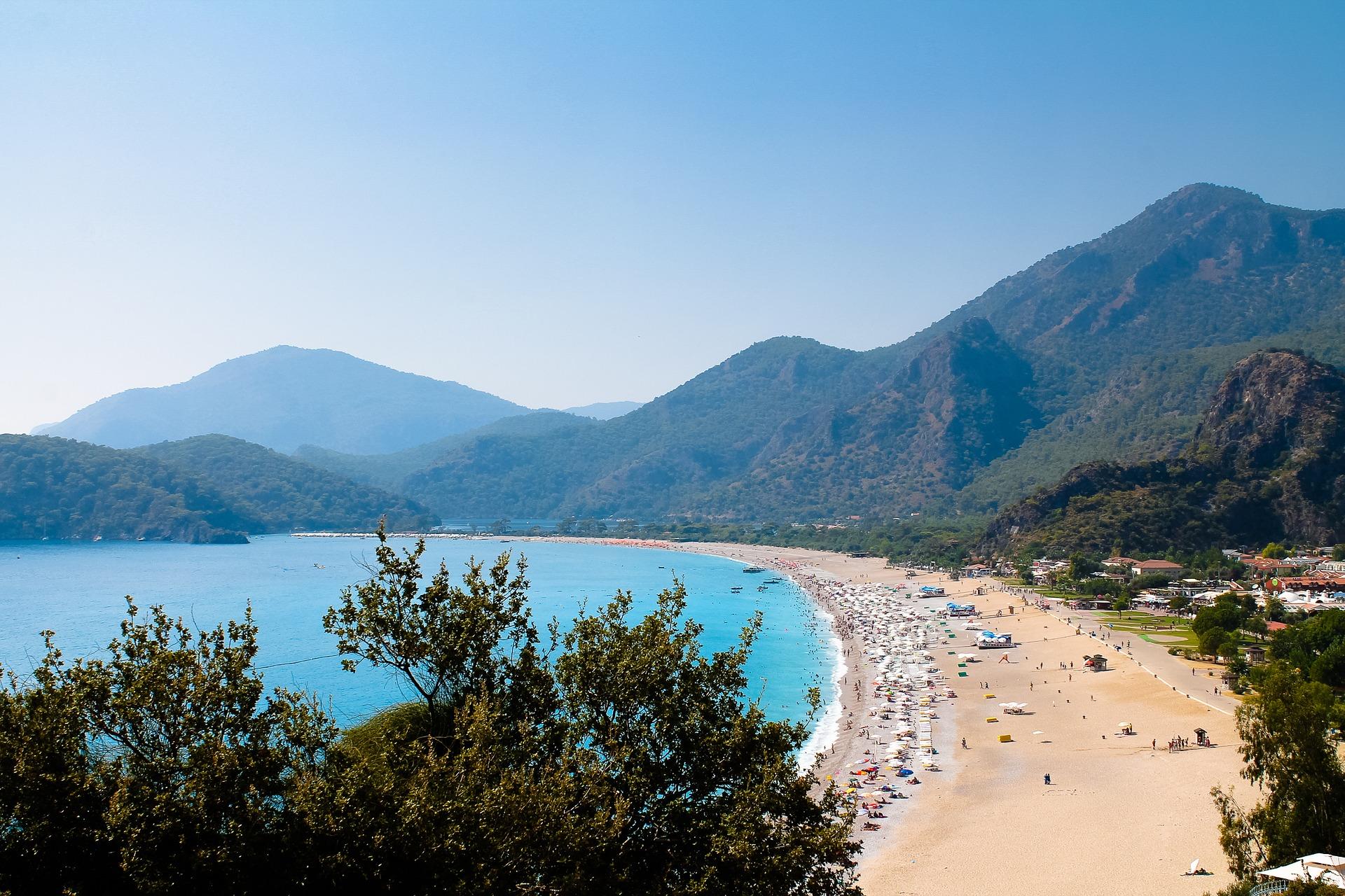 Лето на море: лучшие страны для пляжного отдыха в 2021 году
